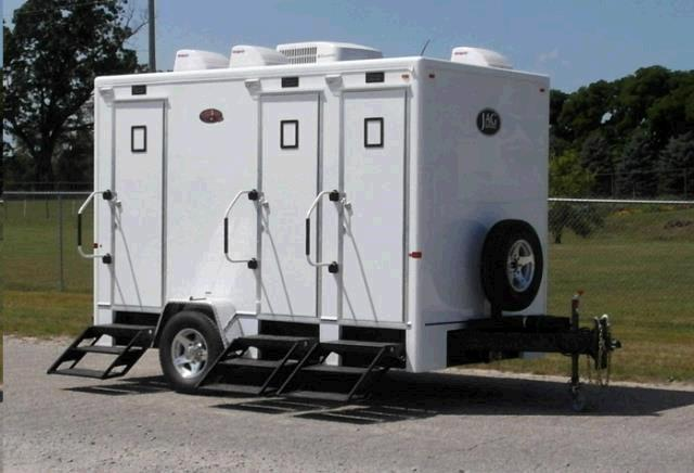 Rent Restroom Trailers